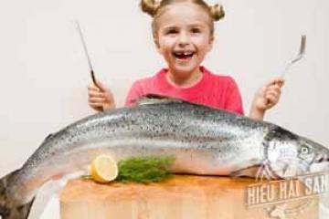 Ăn hải sản mỗi ngày rất tốt cho trẻ nhỏ